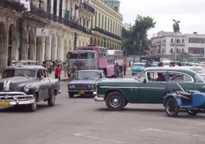 In Cuba nu mai poti cumpara Mercedes sau BMW