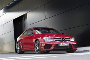 VIDEO: Mercedes ne prezinta C63 AMG Black Series
