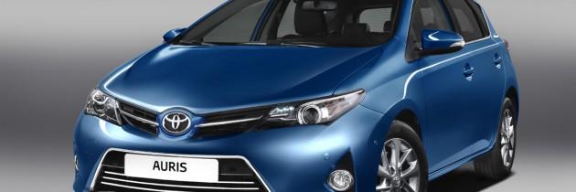 Primele imagini cu noul Toyota Auris