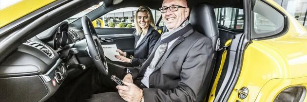 Ai plati 69 de euro ca sa conduci un Porsche? Acum este posibil!