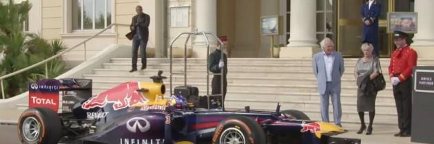 In fiecare Renault, exista ceva din Formula 1. Asa o fi?