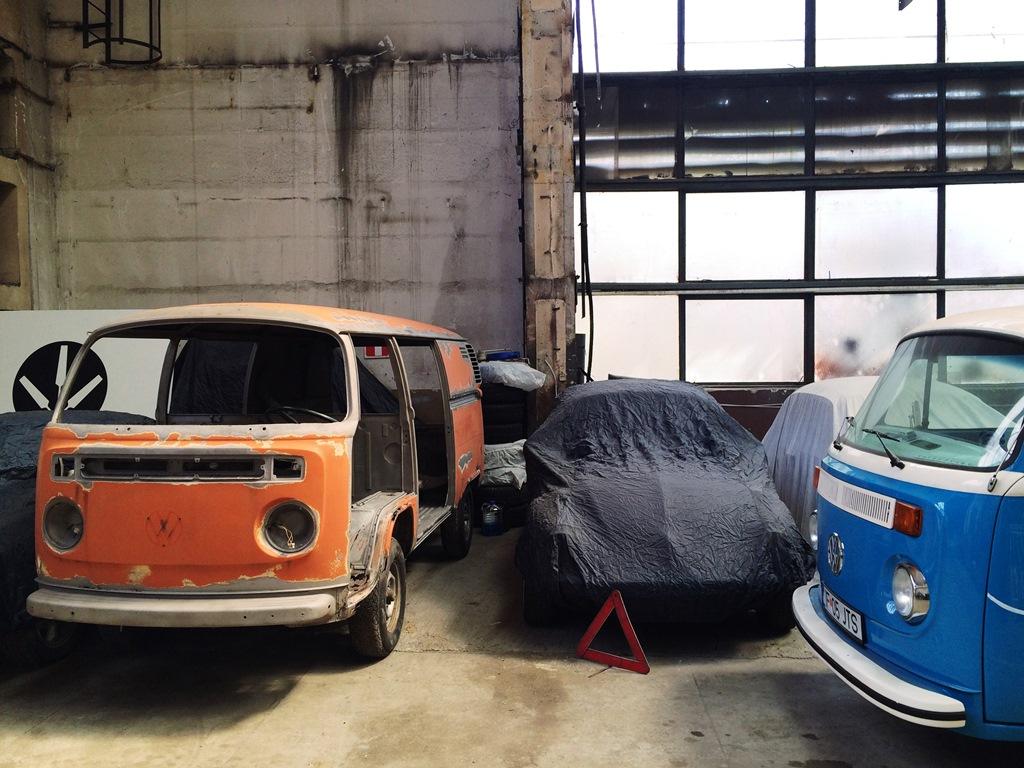 Portocala in garajul Autobaza