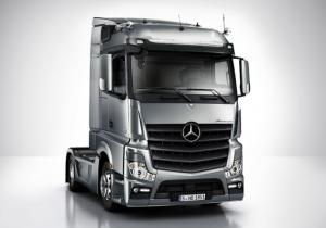 VIDEO: Mercedes si cel mai special TAXI