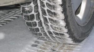 OFICIAL: Cauciucurile de iarna devin obligatorii de la 1 noiembrie